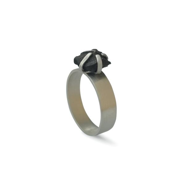 RAW STONE '20 - Gyűrű fekete kővel