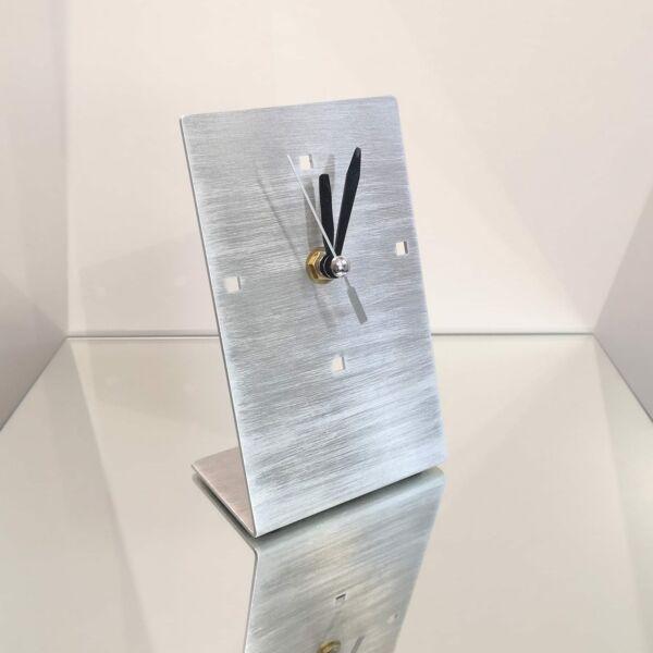 Minimal design asztali óra - álló